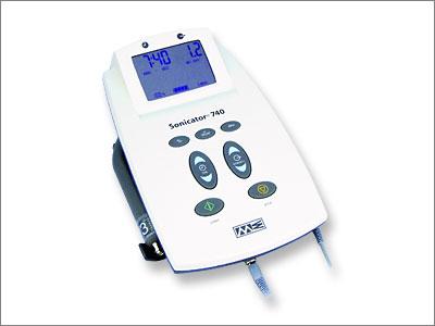 Następca doskonałych aparatów typu Sonicator 730. Możliwość podłączenia elektrostymulatora i wykonywania terapii skojarzonej. Duży, ciekłokrystaliczny wyświetlacz, prosta obsługa, wygodne w użyciu klawisze zmiany funkcji.